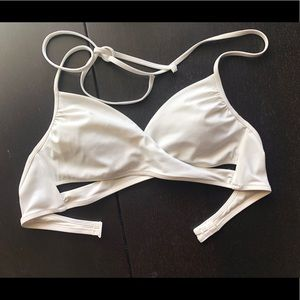 Crossover White Swimsuit Top
